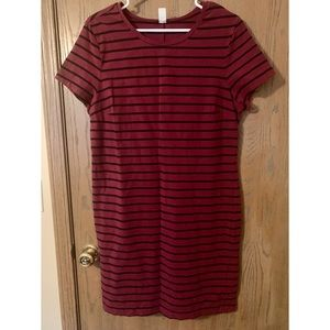 Old Navy maroon and black stripe t shirt dress
